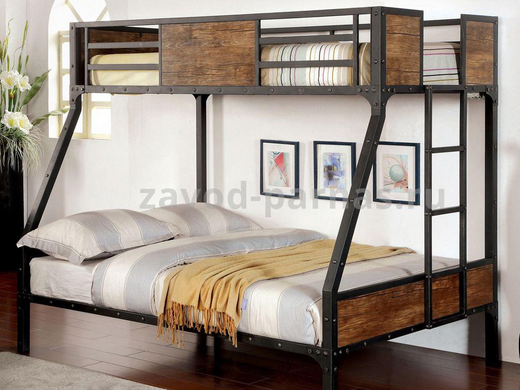 Кроватка лофт из металла и дерева