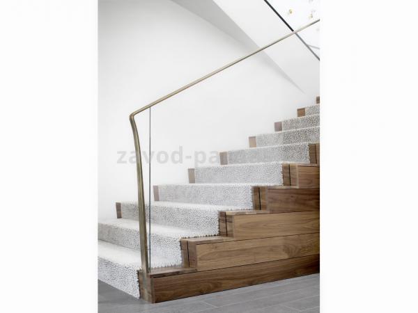 Для дома лестница на второй этаж из дерева