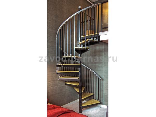 Красивая лестница на второй этаж винтовая