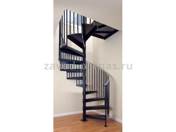 Интерьерная винтовая лестница на второй этаж