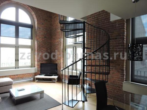 Красивая лестница винтовая на второй этаж
