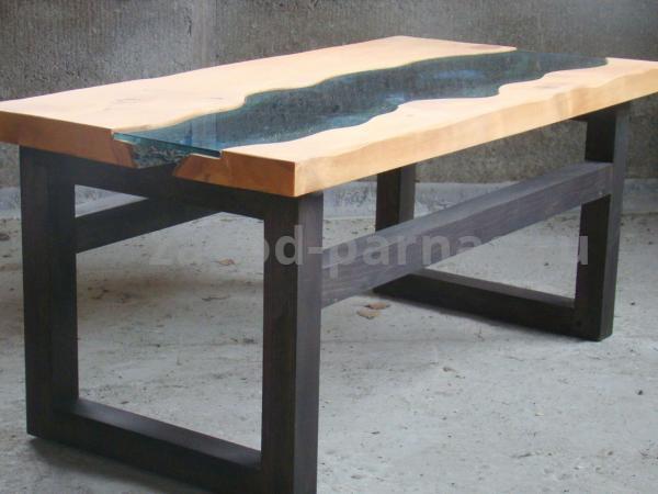 Журнальный стол в стиле лофт из металла и дерева