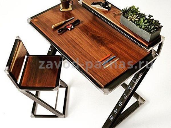Письменный стол лофт из дерева и металла