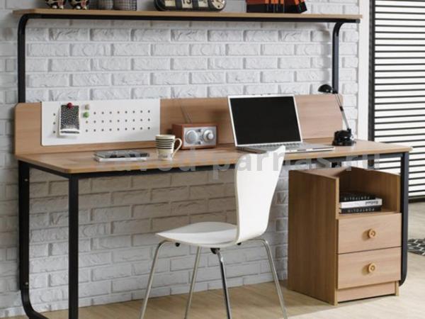 Письменный столик в лофт стиле из металла и дерева