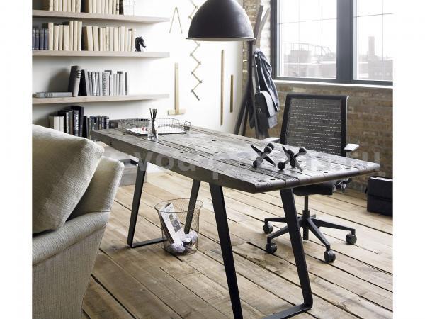 Рабочий стол в лофт стиле металлический с деревом